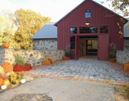 Grace Winery Barn fall