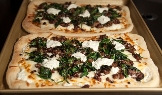 White Pizza with Sausage, Spinach and Ricotta 2_c