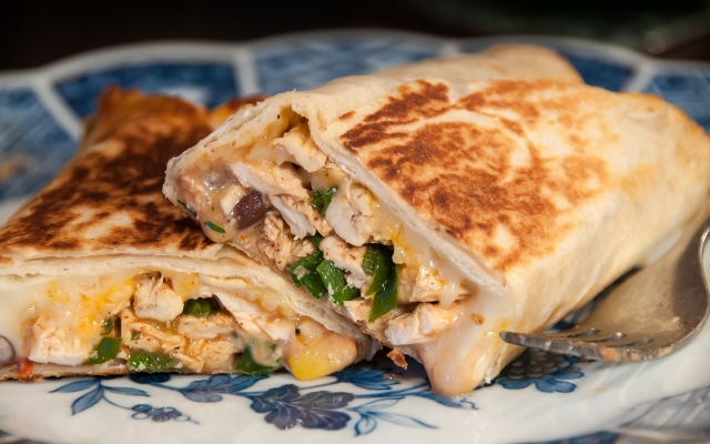 Rotisserie Chicken Burrito (cut)