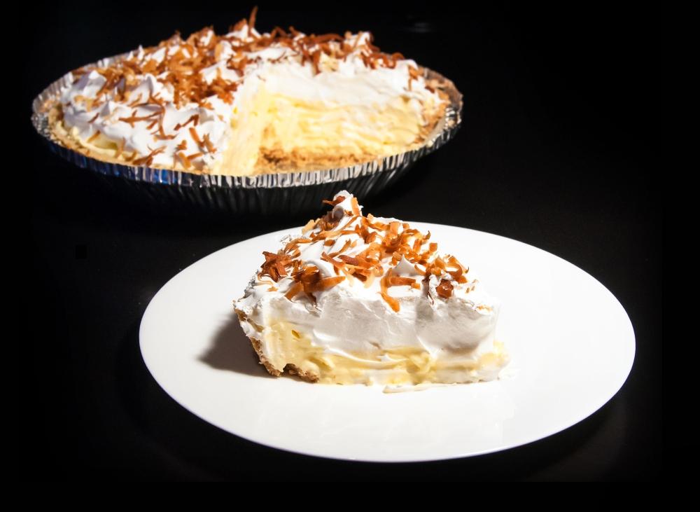 No-Bake Coconut Cream Pie (3/3)