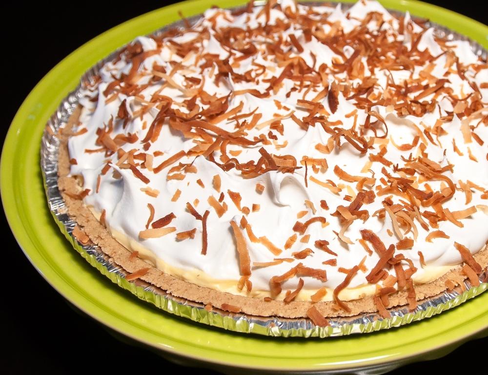 No-Bake Coconut Cream Pie (1/3)