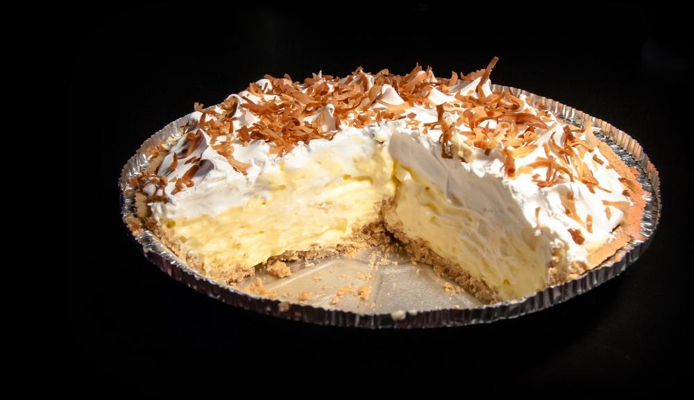 No-Bake Coconut Cream Pie (2/3)