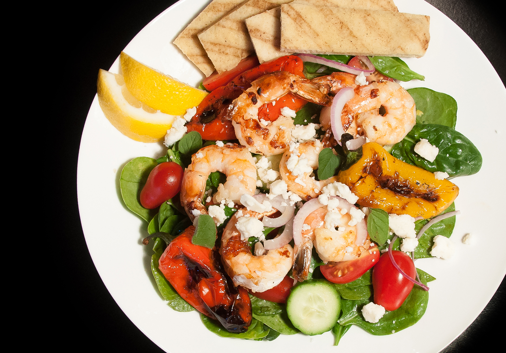 grilled shrimp salad with lemon mediterranean