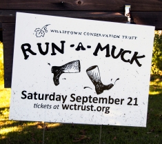 Run-A-Muck Sign