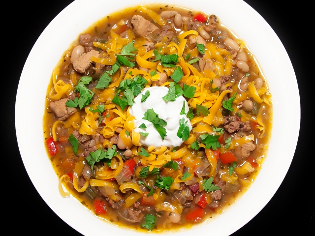 White Bean Chili with Sausage, Bacon and Chicken