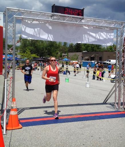 Annie finish line